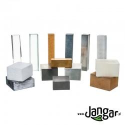 Zestaw 14 bloków różnych materiałów-ciał stałych
