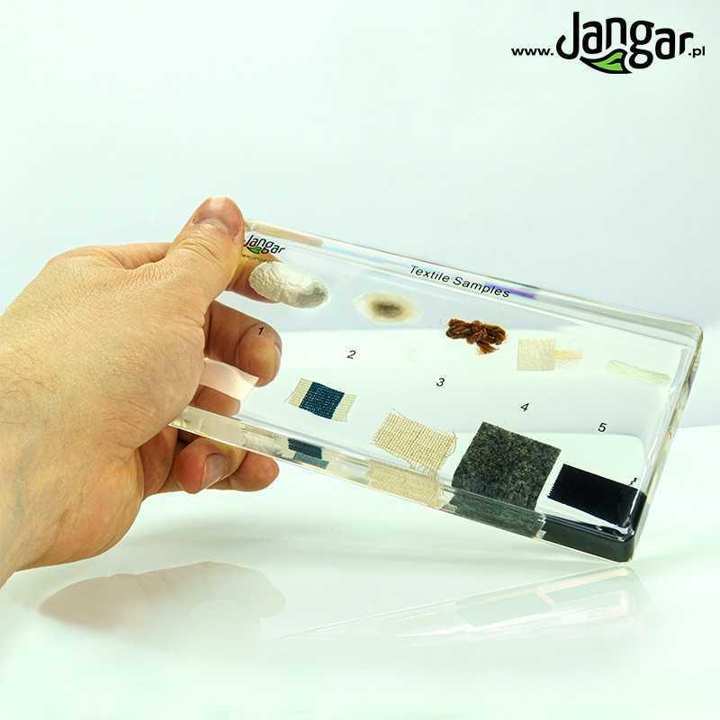 Próbki włókien/przędzy i tkanin - 10 okazów zatopionych w tworzywie